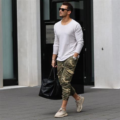 25 Inspirational Ideas on Menu0026#39;s Capri Pants - Stylish and Timeless Wear