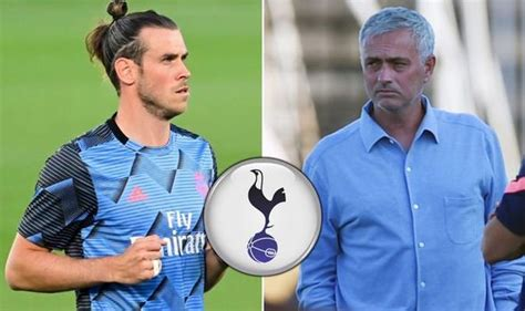 Manchester United News: Jose Mourinho beats Chelsea to ...