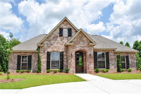 beautiful acadian house style house plan 142 1069 3 bdrm 1 715 sq ft acadian home