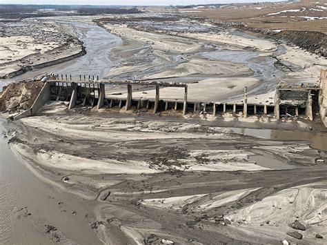 cyclone bombs nebraska climate denial crock   week
