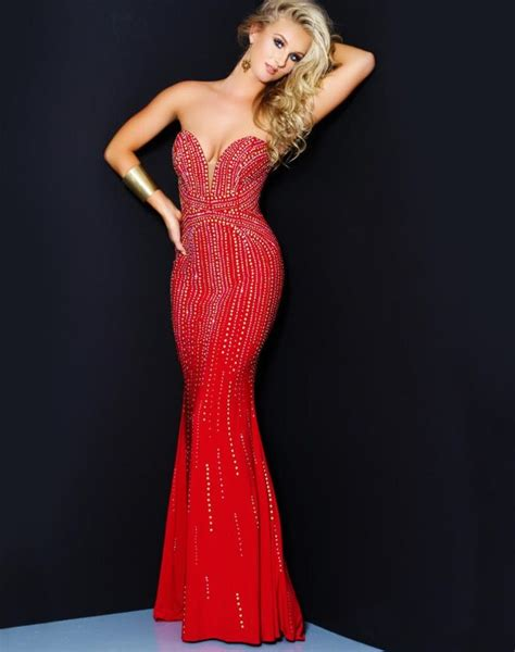 Elegant Strapless Red Dress With Beads The Tight Fit Is