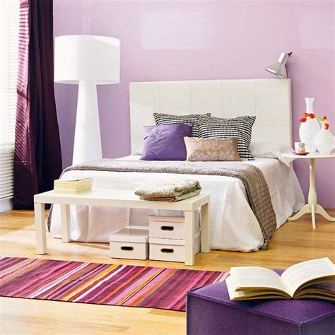 Bedroom Ideas Black White And Purple by 19 Purple And White Bedroom Combination Ideas