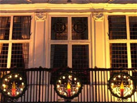 apartment patio christmas decorating ideas enhance your balcony with decoration boldsky