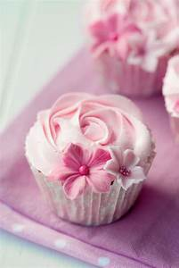 35 Succulent Pink Floral Cupcakes - Cupcakes Gallery