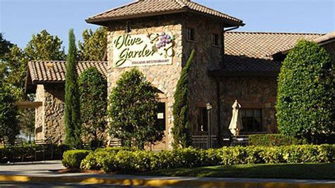 olive garden seattle 43 of republicans call the olive garden a quality source