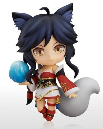 nendoroid ahri  anime shelf