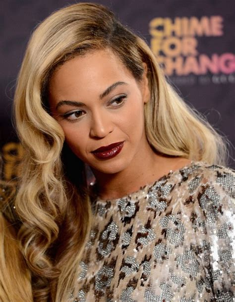 Beyonce Hairstyles by Beyonce Hairstyles Retro Chic Side Parted Hairstyle