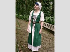 Irish Dress Medieval Fantasy Outfit & Tutorial Link