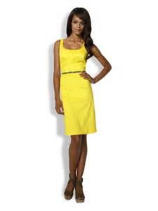 robe jaune pour mariage robe de cocktail d 39 hiver une tenue chic et originale pour les fêtes