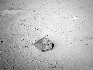 Mars Rover discovers alien brick? | Strange Unexplained ...