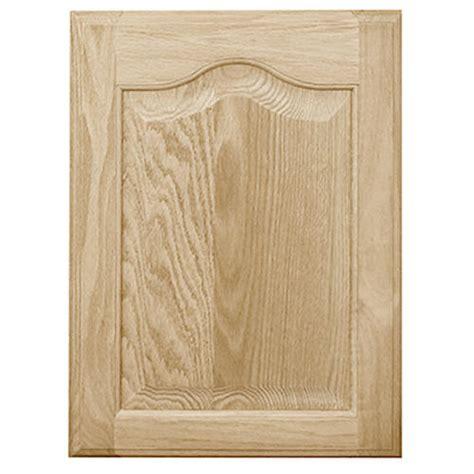 oak raised panel kitchen cabinet doors mastercraft 174 unfinished oak cathedral raised panel cabinet