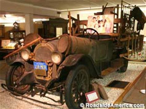 ralph foster museum beverly hillbillies car point