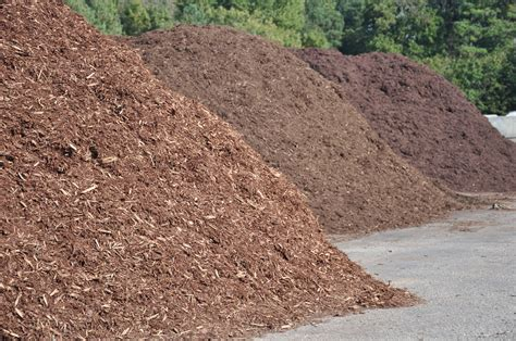 much mulch hardscaping design information woodward landscape supply