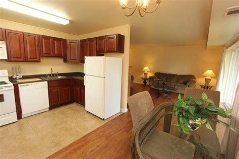 Penn State Appartments by Studio 3 Bed Apartments Nittany Garden Apartments