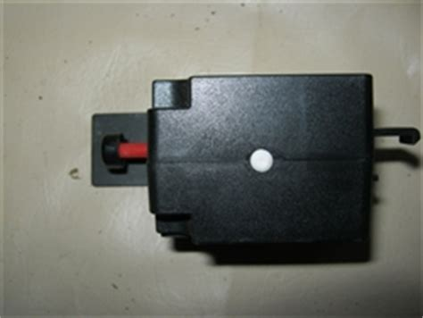 jaguar xj inertia fuel cutoff switch dac dbc
