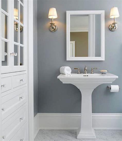 Best 20+ Small Bathroom Paint Ideas On Pinterest