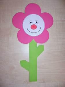 Blumen Basteln Fensterdeko : bastelvorlagen fr hlingsblumen fensterdeko ideenreise blog ~ Markanthonyermac.com Haus und Dekorationen