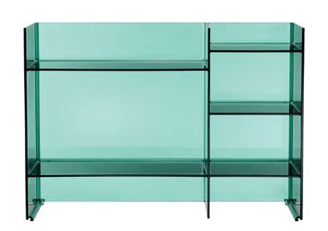 Kartell est reconnue pour ses meubles en plastique robuste et design. Meuble de rangement Sound-rack Kartell - Vert   Made In Design