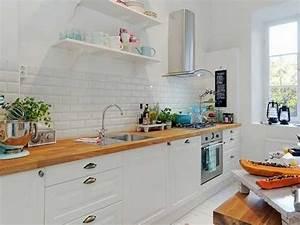 Table De Cuisine Blanche : cuisine blanche et plan de travail style scandinave ~ Teatrodelosmanantiales.com Idées de Décoration