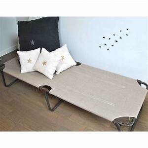 Lit De Camping : 70 best old beds and cots images on pinterest cots camping cot and chaise lounge chairs ~ Teatrodelosmanantiales.com Idées de Décoration