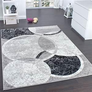 Tapis Salon Design : tapis salon design moderne et contemporain prix pas cher tapis chic promotions 2018 ~ Teatrodelosmanantiales.com Idées de Décoration