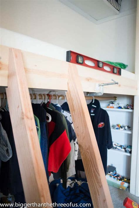 build  closet loft