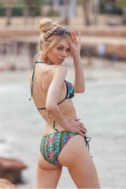 Beach Cutie Flashing Ibiza British Artistic Realbikinigirls