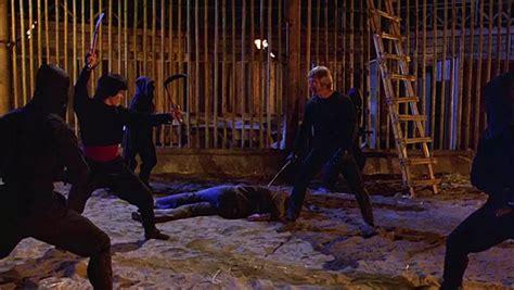 chuck norris stops chainsaw 10 หน งบ ตลอดกาลของ บร ะเจ าช ค chuck norris metal