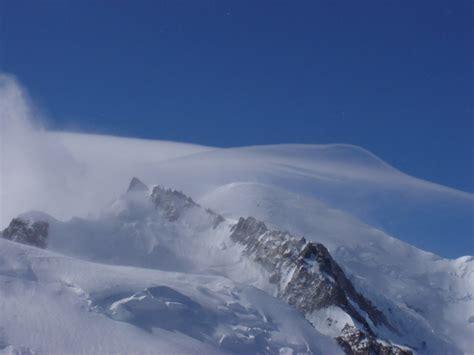 les bains du mont blanc photo 224 gervais les bains 74170 le sommet du mont blanc vu de l aiguille du midi