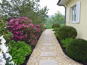 allee jardin en gravier ardoise et bois creer une allee With allee de jardin originale 2 comment creer une allee de jardin