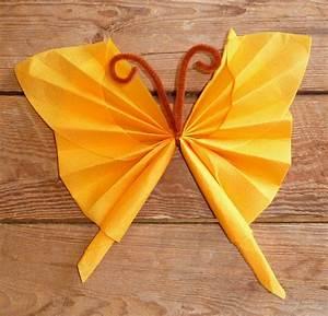 Pliage De Serviette En Papier Facile : pliage de serviette en papier en forme de papillon pliage ~ Melissatoandfro.com Idées de Décoration