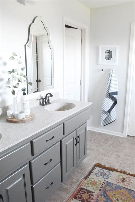 What Color To Paint Bathroom Cabinets by Master Bathroom Oak Cabinets Painted Sherwin Williams