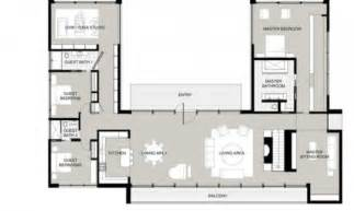 best single story house plans the 22 best single story house plans with courtyard house plans 66899