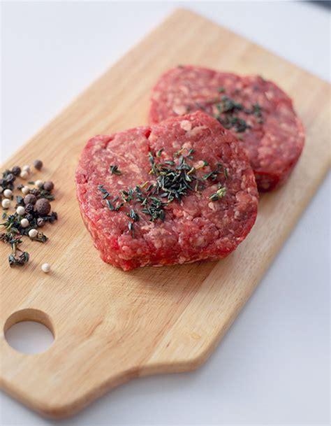 cuisiner steak haché steak haché à la crème pour 4 personnes recettes à