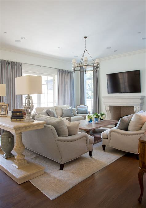 neutral living room love  coffee table home design