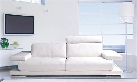 canape blanc pas cher comment acheter un canapé cuir blanc pas cher canapé