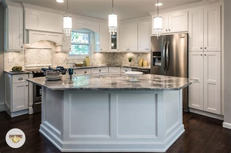 kitchen closets and cabinets fabuwood cabinets send message cabinetry 99 caven 6555