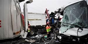 Autoroute A13 Accident : yvelines carambolage sur l 39 a13 65 bless s dont 5 graves ~ Medecine-chirurgie-esthetiques.com Avis de Voitures