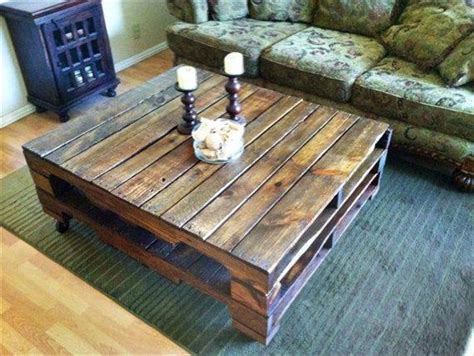 So pull out your tools and gather your lumber! DIY Farmhouse Coffee Table Ideas and Tips | Decor Or Design