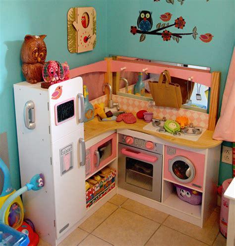 kidkraft corner kitchen our favorite kitchen food toys for gift ideas