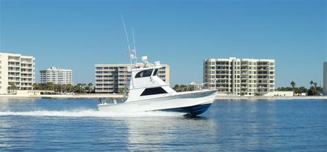 Destin Boat Charter by Destin Florida Charter Boat Fishing The Huntress