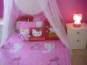awesome girls bedroom decoration with hello kitty themed