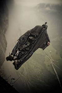 Grinding The Crack, An Exhilarating Wingsuit Flight Video ...