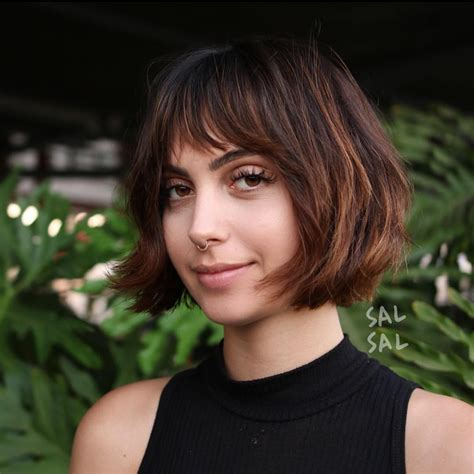 flattering bob hairstyles   faces  hairstyles weekly