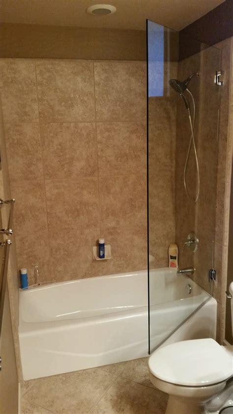 Bathtub Splash Guard Glass by Frameless Shower Doors A Cut Above Glass