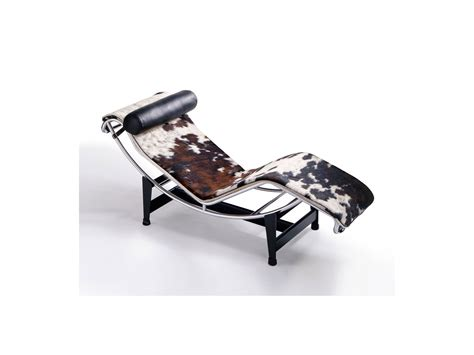 chaise longue lc 4 buy the cassina lc4 chaise longue at nest co uk