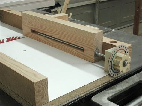 box joint jig  making joints   dado blade installed   handy