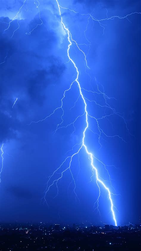 lightning strike wallpaper 47 images
