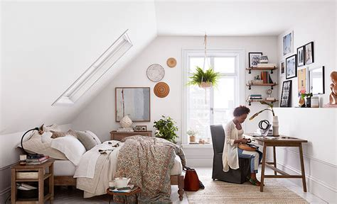 ways to arrange furniture in a small bedroom 3 ways to arrange a small bedroom pottery barn 21286 | 001