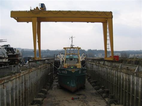 Service Boat Yard by New Ross Boat Yard Dock Boat Storage Services